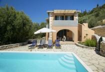 Villa Manolia in Perigiali